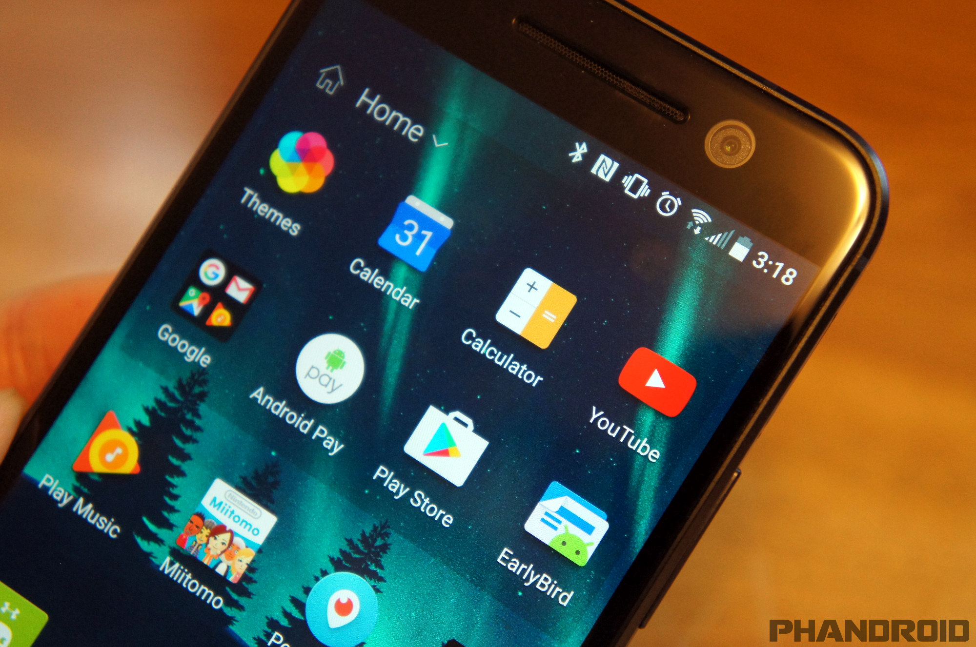 How to manage the Home screen & apps on HTC One M9