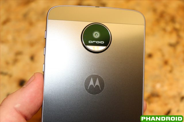 moto droid z. 15 first things every moto z droid and force owner should do