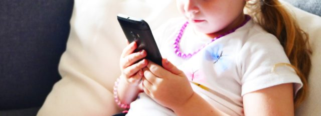 child-kid-phone