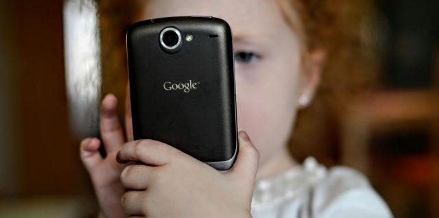 phone-child-kid