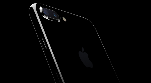 9 features the iPhone 7 and Apple Watch 2 stole from Android