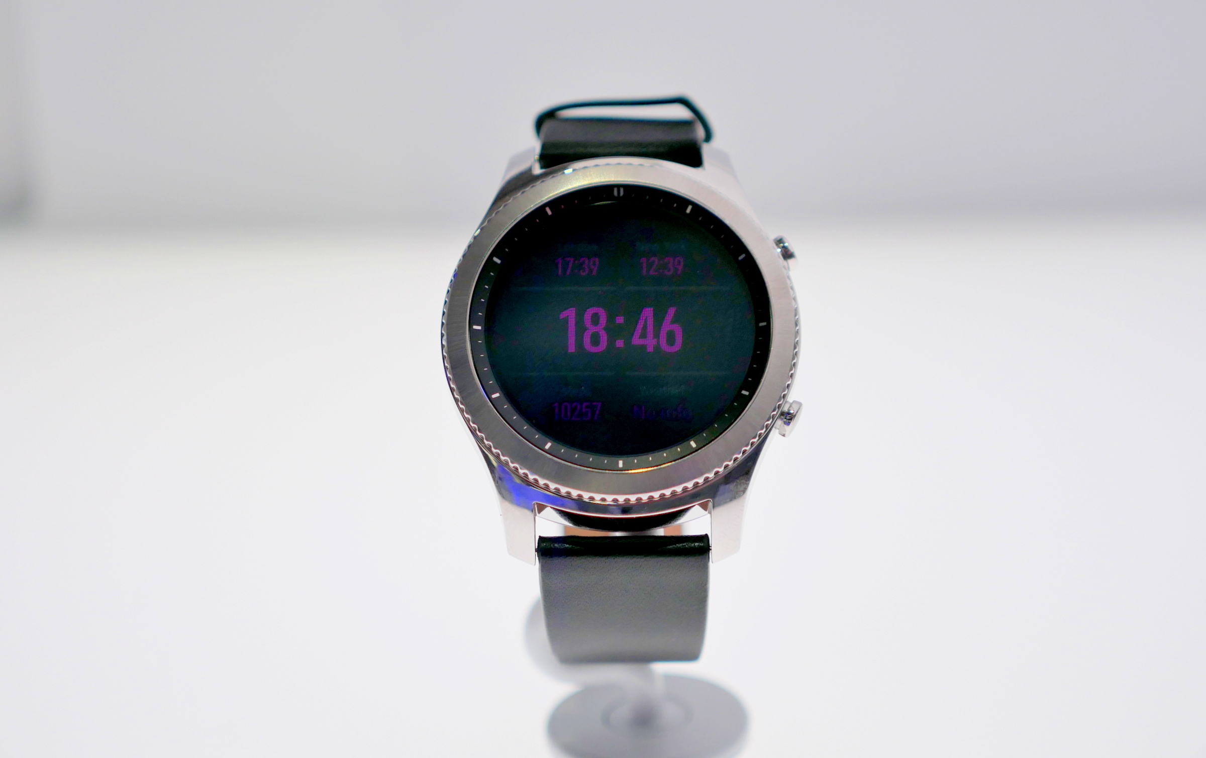 How Much Can I Get For A Galaxy Phone together with Samsung GALAXY Note Pro 12 2 together with Product also Samsung Galaxy S3 as well Samsung Unveils Gear S3 Classic And Frontier Smartwatches 172949 0. on samsung galaxy s3 verizon