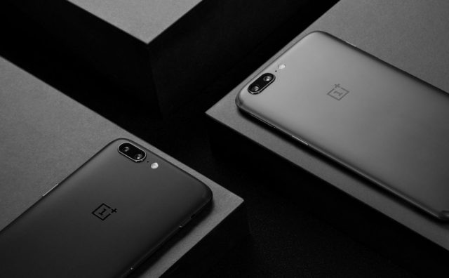 When the oneplus 5 was officially announced the company stated that it would be made available in two color options midnight black and slate gray