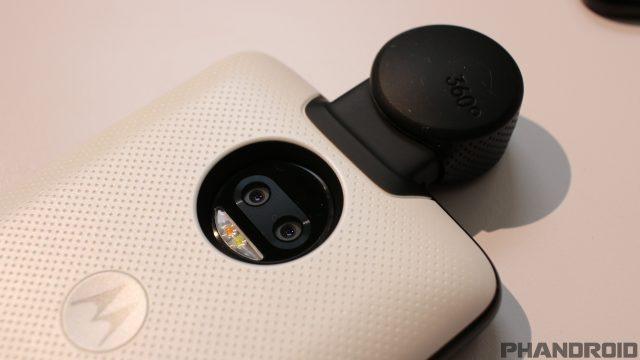the moto 360 cam moto mod can record 4k 360 degree video. Black Bedroom Furniture Sets. Home Design Ideas