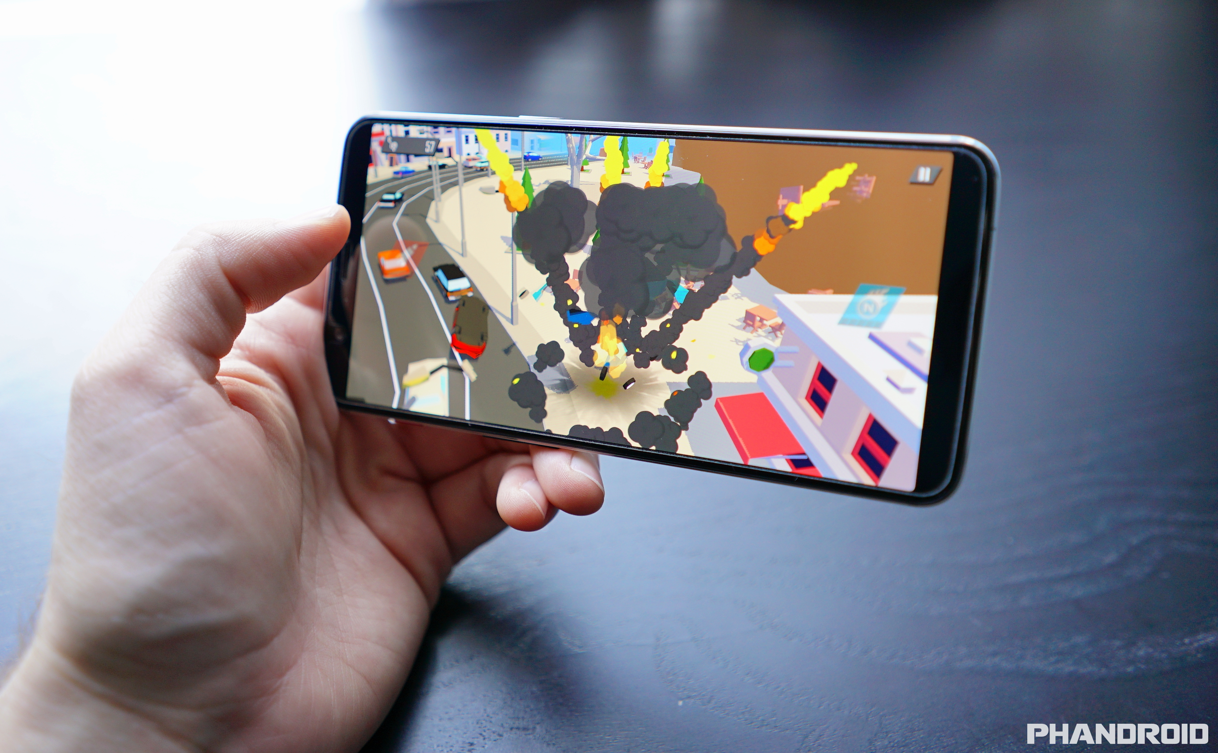 7 reasons to choose the OnePlus 5T over the Pixel 2 XL